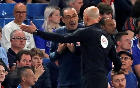 Sarri Diusir Wasit, Chelsea akan Komplain ke FA