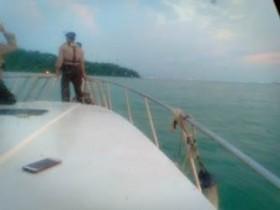 Mualim Korban Tabrakan Kapal Masih Dicari