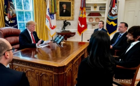 Pengikutnya Berkurang, Trump Protes ke CEO Twitter