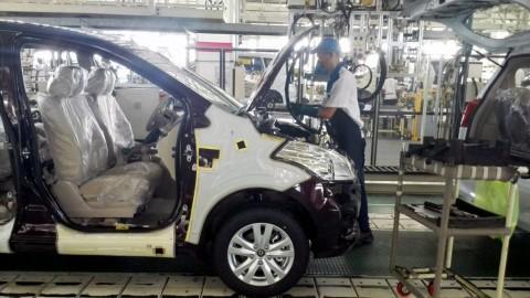 Industri Otomotif Paling Aktif Serap Tenaga Kerja