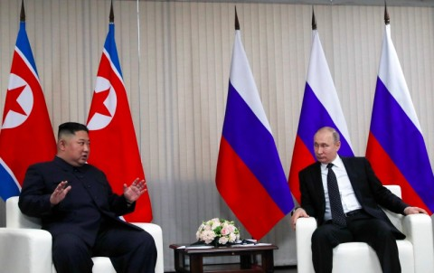 Pertemuan Perdana Putin dan Kim Jong-un