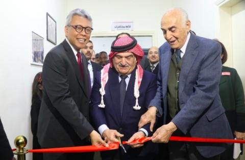 Indonesia Serahkan Bantuan Kesehatan untuk Pengungsi Palestina