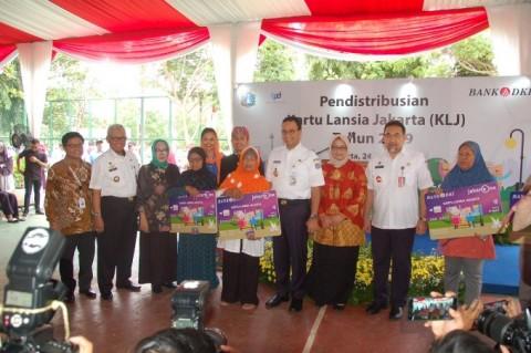 Kartu Lansia Jakarta Dipastikan Tepat Sasaran