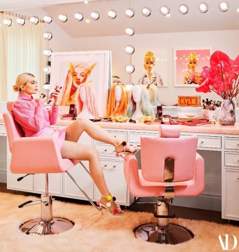 Yuk, Intip Desain Ruang Rias Kylie Jenner