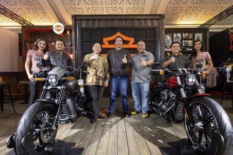 Harley-Davidson FXDR 114 & Iron 1200, Mainan Orang Kaya Indonesia