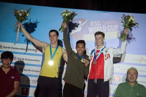 Alfian M Fajri Juara Dunia Panjat Tebing di Tiongkok