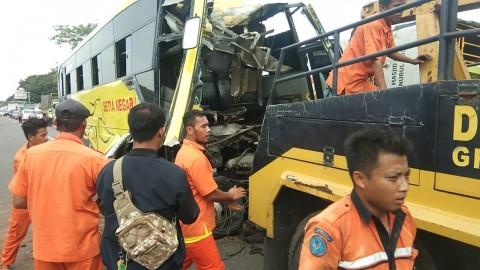 Korban Tewas Kecelakaan di Tol Palikanci Pemotong Rumput
