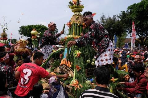 Kemeriahan Tradisi Grebeg Gethuk di Magelang