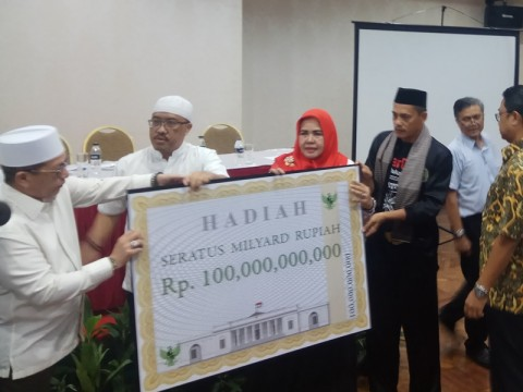 Tantangan Rp100 Miliar untuk Ungkap Kecurangan Jokowi-Ma'ruf