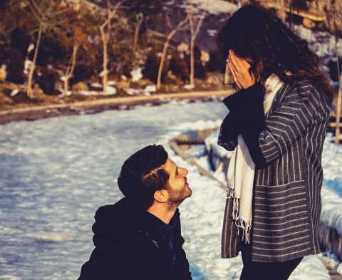 10 Caption Instagram Romantis buat Pacar