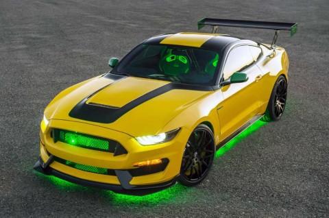 Ford Mustang Ole Yeller Ini Terinpirasi Pesawat Tempur