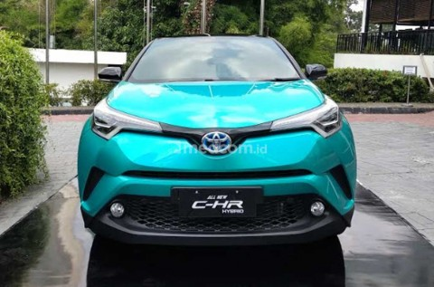 Toyota Perkirakan C-HR Hybrid akan Lebih Laris