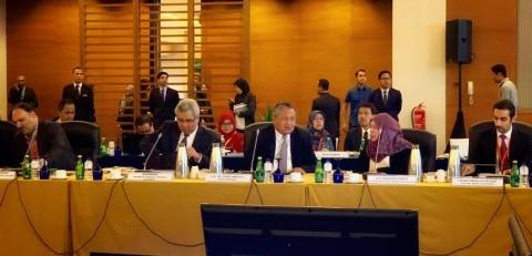 Gubernur BI Inisiasi Standar Internasional Keuangan Syariah Global