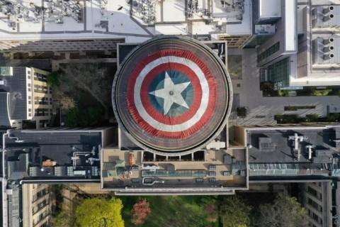 Demam Avengers, Atap Kampus Diubah Jadi Perisai Captain America
