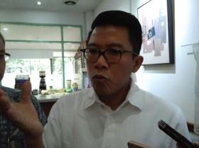 Misbakhun Mengaku Kelimpahan Efek Ekor Jas Jokowi