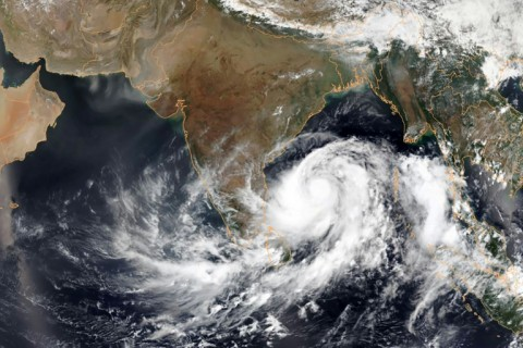 Badai Fani Paksa India Evakuasi 780 Ribu Warga
