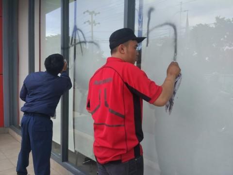 Polisi Tangkap 19 Pelaku Vandalisme saat May Day di Makassar