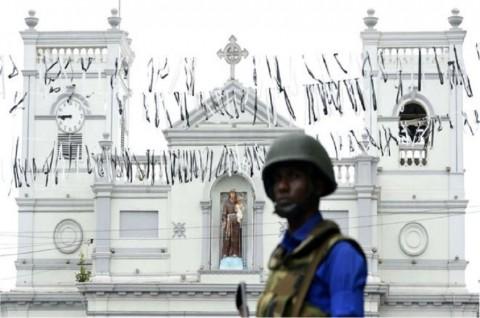 Sri Lanka Dorong Warga Serahkan Pedang dan Pisau Besar