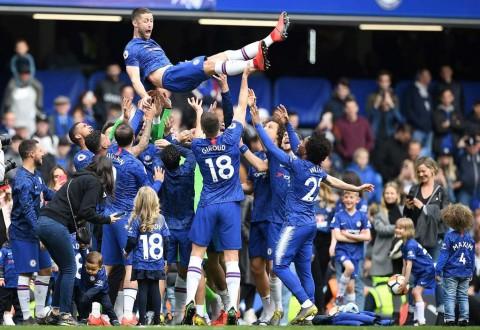 Bantai Watford, Chelsea Huni Peringkat Tiga