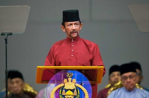 Brunei Tidak Jadi Berlakukan Hukuman Mati untuk LGBT
