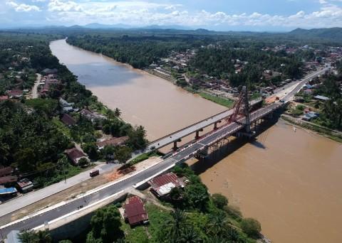Perbaikan Jalan Lintas Sumatera Digenjot Jelang Lebaran