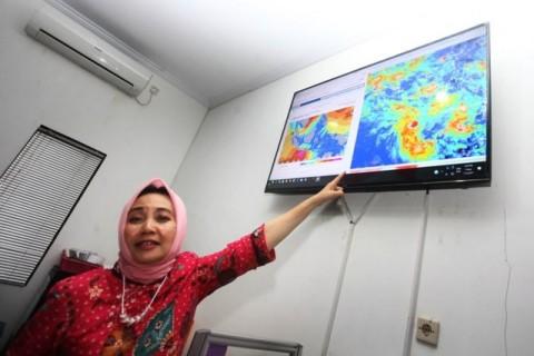 Badai Siklon Tropis Diprediksi Terjadi Siang Ini