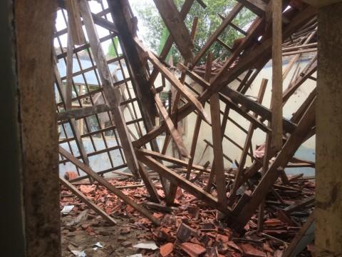 Atap Roboh Jelang USBN, Kondisi SD Negeri 1 Datarcae Memprihatinkan