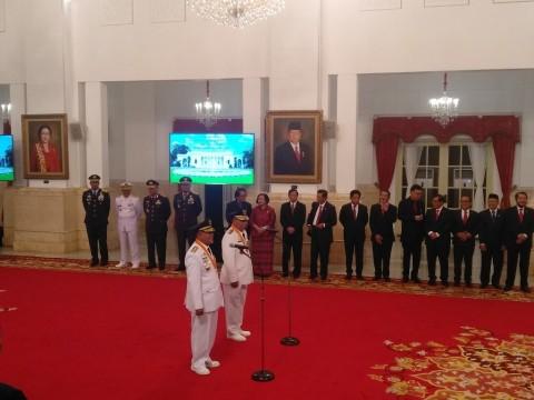 Presiden Lantik Gubernur dan Wagub Maluku Utara