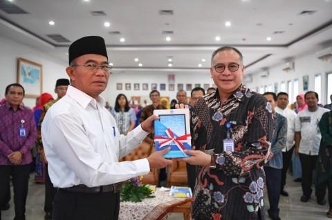 Hanya Sedikit Guru Mahir Berbahasa Indonesia