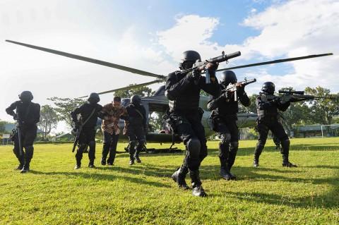 Tengok Aksi Prajurit Raider Latihan Penanggulangan Teror