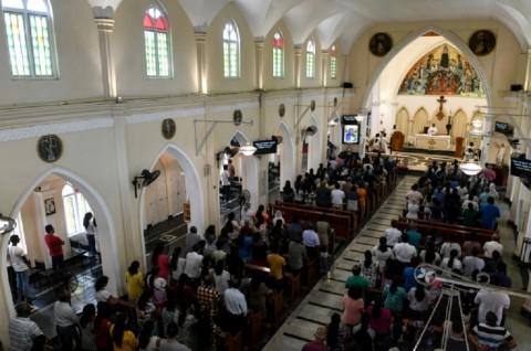 Sri Lanka Gelar Misa Perdana usai Serangan Bom