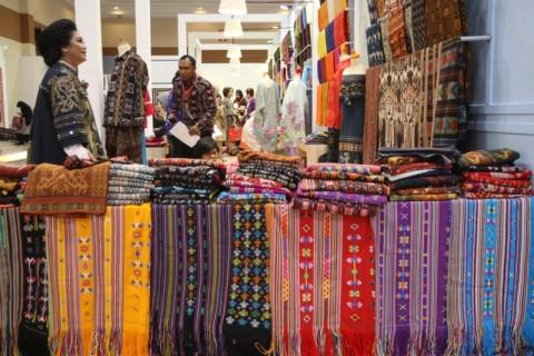 Pertumbuhan Industri Tekstil dan Pakaian Tembus 18%