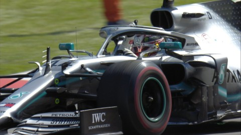 Lewis Hamilton Rebut Juara di Catalunya
