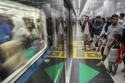 Penumpang Nilai Tarif Normal MRT Jakarta Masih Wajar