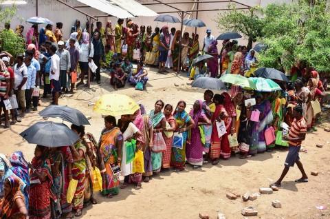 Korban Siklon Fani Bertambah Jadi 77 Orang