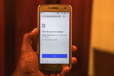 Sri Lanka Blokir Sementara Facebook dan WhatsApp