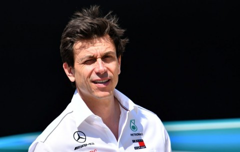 Bos Marcedes Khawatirkan Rivalitas Kedua Pembalapnya