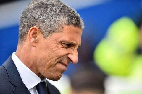 Nyaris Terdegradasi, Brighton & Hove Albion Pecat Pelatih