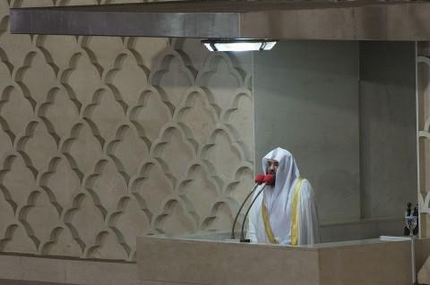 Imam Masjidil Haram Kecam Serangan terhadap Kilang Saudi