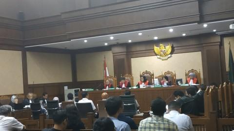 Empat Pejabat Kementerian PUPR Menjalani Sidang Perdana