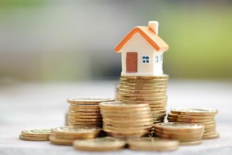 Yuk! Pakai Uang THR untuk Menyicil Rumah