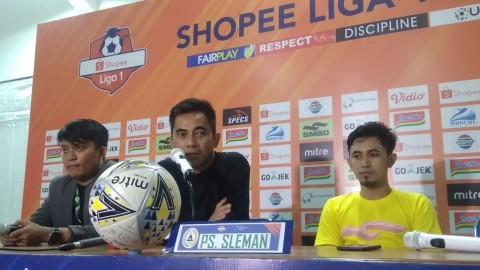 Pelatih PSS Mengaku Beruntung Menang atas Arema