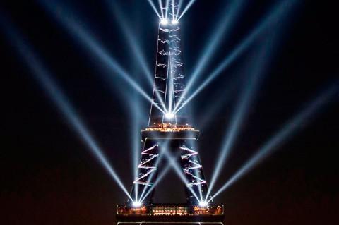 Menara Eiffel Rayakan Ulang Tahun ke-130