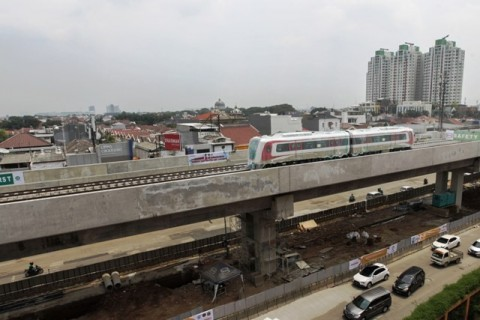 Pembangunan Jembatan LRT Ditargetkan Rampung Sebelum Lebaran