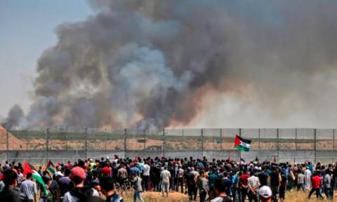 Pasukan Israel Tembak 16 Demonstran Palestina di Gaza