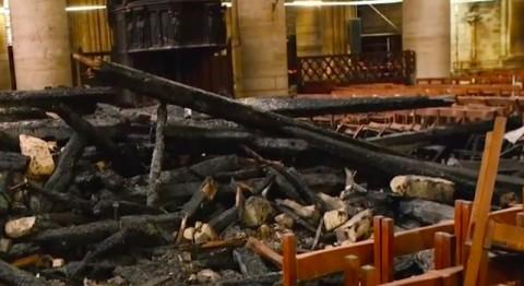 Setelah Terbakar, Interior Notre Dame yang Rusak Terlihat