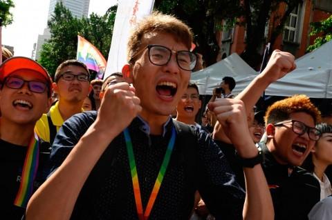Taiwan Akhirnya Legalkan Pernikahan Sesama Jenis