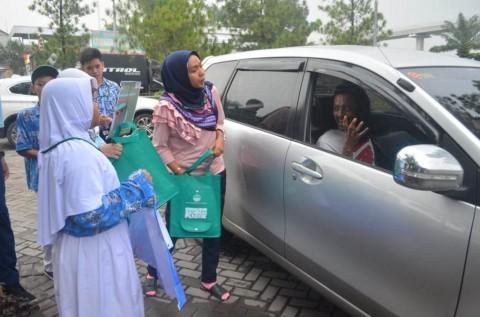 Kampanye Puasa Sampah Plastik Digalakkan