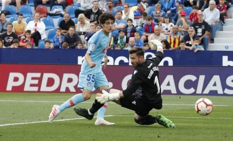 Atletico Madrid Nyaris Dipermalukan Levante