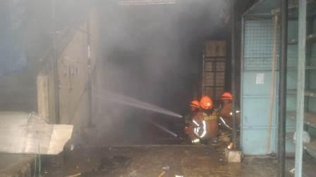 Api di Pasar Kosambi Diduga dari Korsleting Listrik
